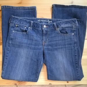 AEO Favorite Boyfriend jeans w/stretch Sz 14